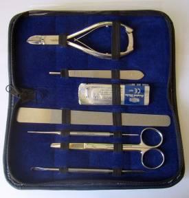 Profi- Pedikür-Set ( 16-teilig )  Medizinische Version - Bild vergrößern
